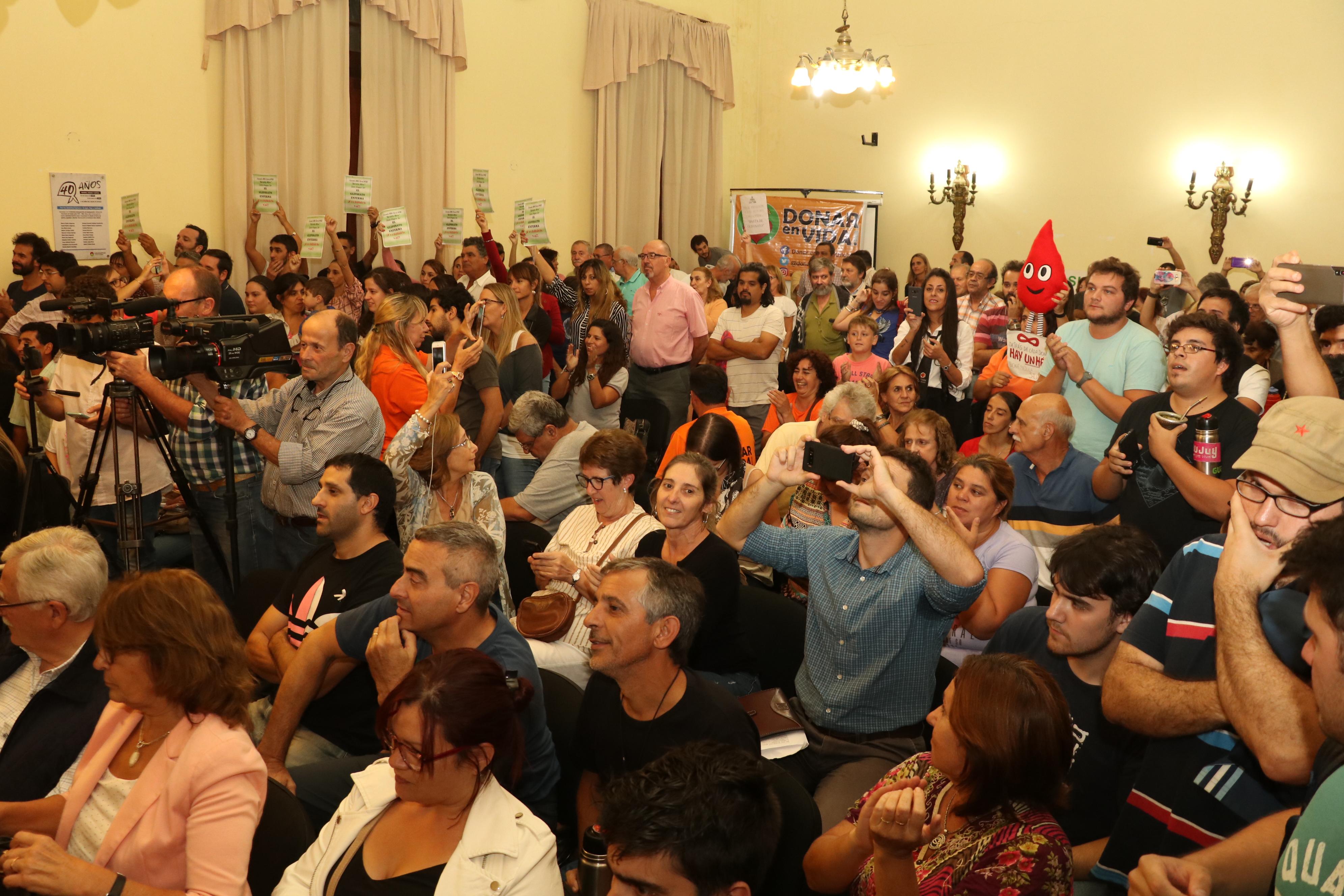 Gualeguaychú: el Concejo prohibió el uso de glifosato en el ejido