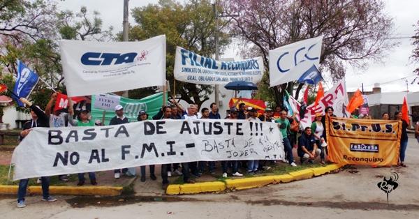 Movilización contra el ajuste: Des-acuerdos, censura y amedrentamiento policial