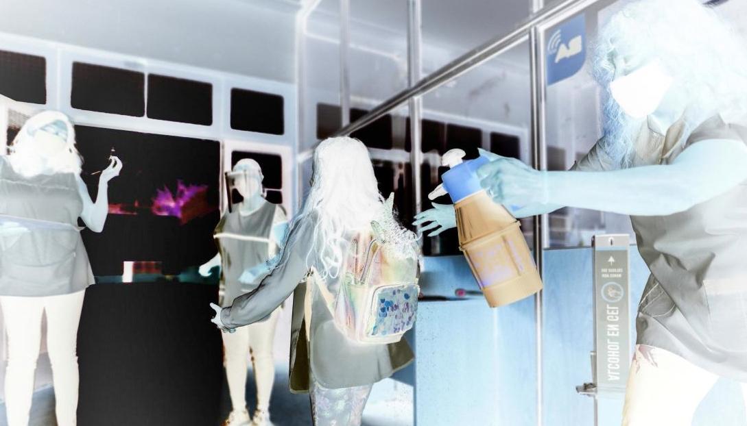 Crecen los contagios y fallecimientos en las escuelas por coronavirus